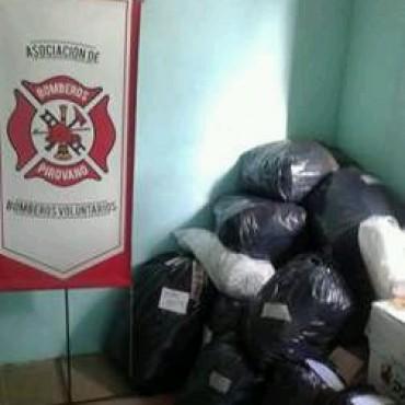 Cuartel de Bomberos de Pirovano junto a Griselda Cardoso están recibiendo donaciones para los damnificados por inundaciones en Comodoro Rivadavia y zona
