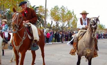 Desfile tradicionalista en el marco del 25 de mayo