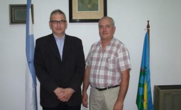 El Secretario de Desarrollo Oscar Ibáñez,  visitó Urdampilleta y Pirovano