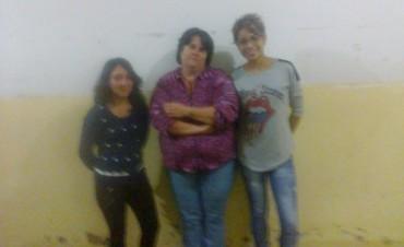 Alumnos de la Escuela Secundaria N°3, de Urdampilleta, reclaman desbloqueo de las netbooks