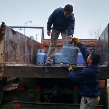 Desarrollo Social: Este jueves el Municipio traslada a Urdampilleta la garrafa social