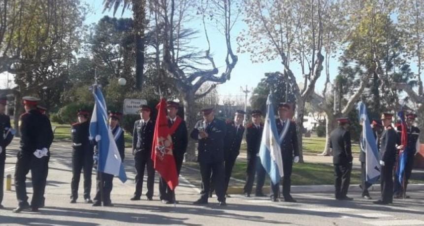 Se realiza el Desfile de Delegaciones de Bomberos en Urdampilleta