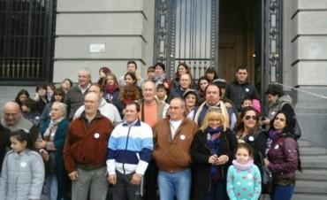 Dos contingentes del partido de Bolívar, viajaron al Centro Cultural 'Néstor Kirchner'