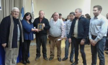 Bomberos Voluntarios de Pirovano: Rotary Club le entregó el 'Merito 2017'