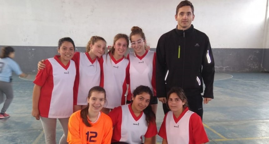 El equipo de handball femenino participó en Rauch por la instancia regional de los juegos bonaerense