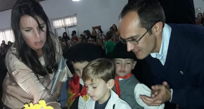 """Marcos Pisano: """"El aniversario es el evento mas importante para el corazón de los urdampilletenses"""""""