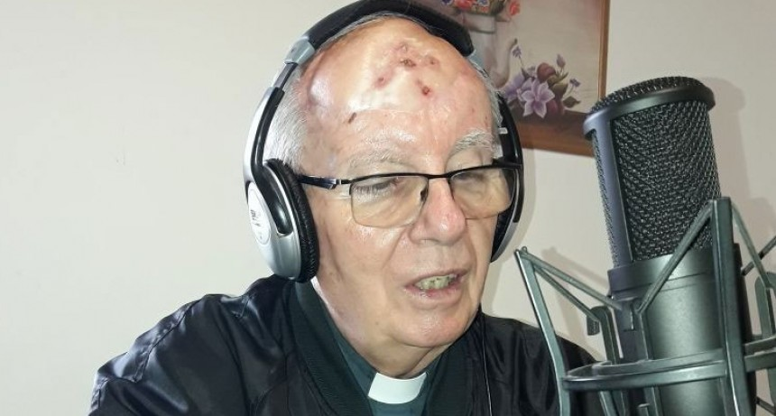 """Padre Peter Oliver: """"Iniciamos las inscripciones para la nueva fecha de confirmaciones"""""""