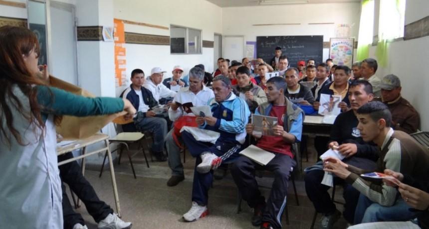 En una de las cárceles de Sierra Chica todos los internos trabajan o estudian