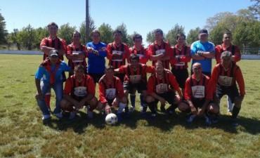Fútbol Senior: Empleados es el campeón del año