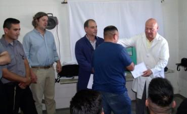 Entregaron certificados de los talleres y cursos realizados durante el año