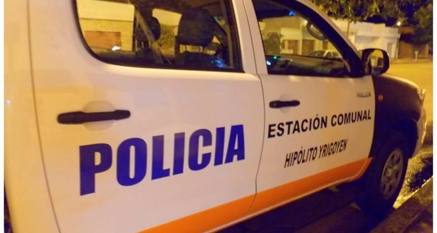 Violento asalto en Henderson: Dos personas detenidas y la víctima del ataque internado en grave estado