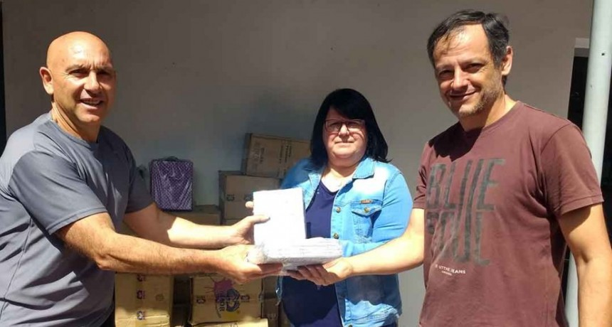 Entrega de material destinado a escuelas cárcel de Sierra Chica