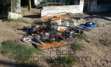 Dos allanamientos positivos en Urdampilleta: secuestraron partes de motocicletas y plantas de marihuana