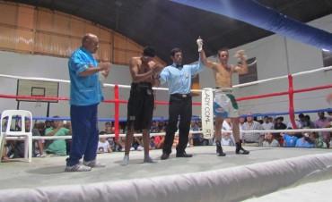 Nacho Palahy venció por KO a Chávez (Audios al Final)
