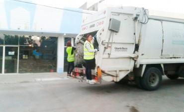 Mario Fernandez garantiza el servicio de recolección de residuos