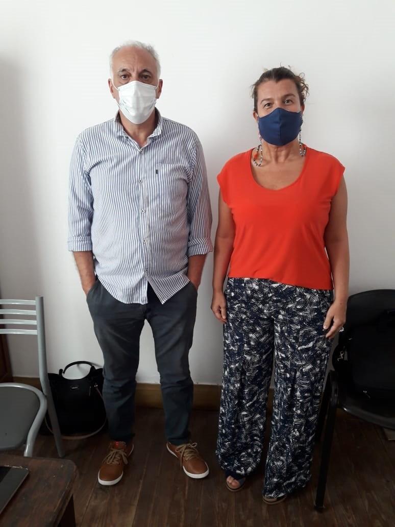 """Lorena Urrutia junto a Miguel Gargiulo: """"Tengo la alegría de llegar y que haya muchas personas esperando para realizar diferentes consultas"""""""