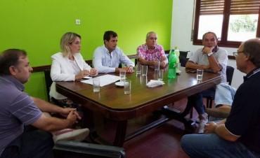 Bali Bucca recorrió la localidad y visitó instituciones