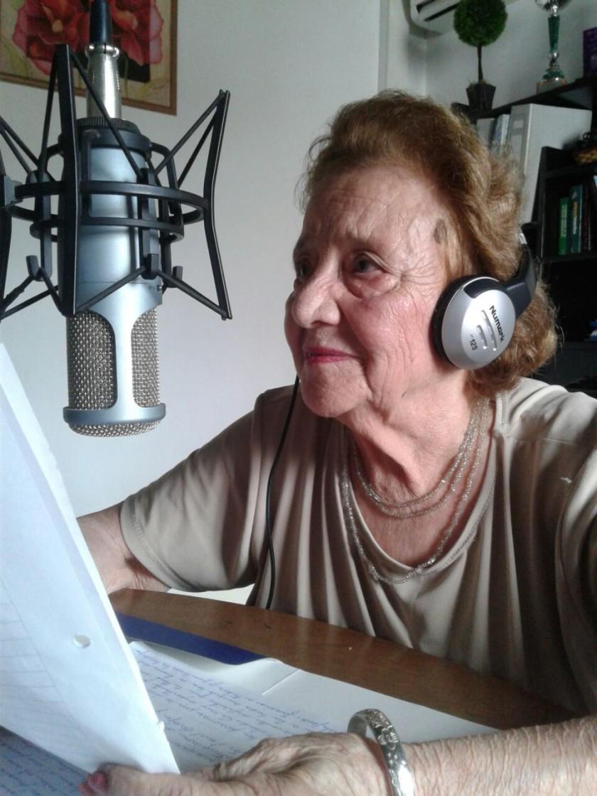 'De Mujer a Mujer' regreso a Radio Urdampilleta con un programa especial en el 'Día Internacional de la Mujer'