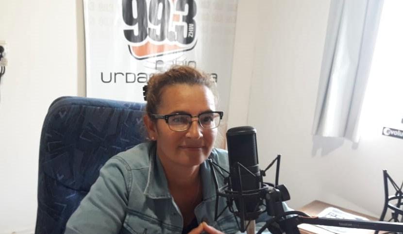 Valeria Belén: 'Se firmo un convenio en el cual el municipio se hace cargo del pago del servicio de luz del club'