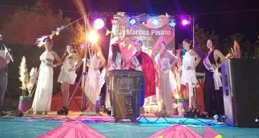 Malena Peluz se consagró como reina de los Carnavales Urdampilleta 2019