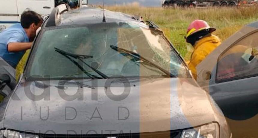 Vuelco Ruta 65: Una mujer fue trasladada hacia el hospital de Daireaux
