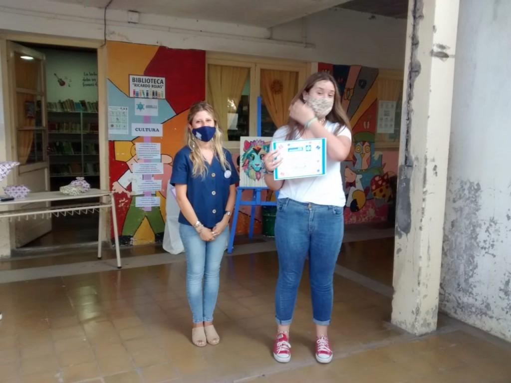 """Lorena Abat: """"Queríamos hacer un reconocimiento a los chicos que participaron en los Torneos Bonaerenses el año pasado, porque si bien corresponde a Cultura, son nuestros alumnos"""""""