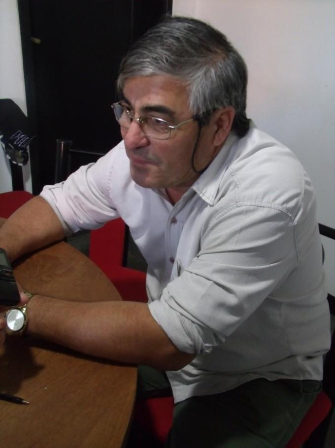 Fletes 'El Tata' llegó a Urdampilleta con su servicio