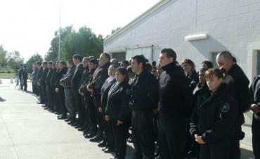 Se realizó el acto de 'Reconocimiento de Ascensos' de autoridades y personal, en la Unidad Penitenciaria Nº17