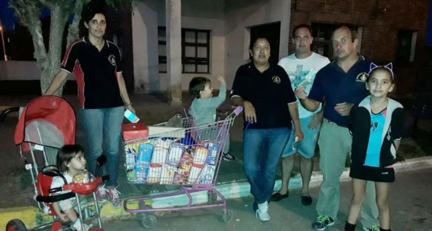Los bomberos de la localidad emprendieron una campaña solidaria para colaborar con Néstor Ramírez