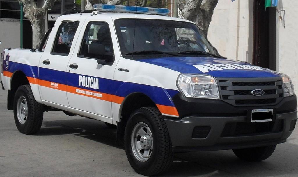 Daireaux; Una persona con domicilio en la localidad de Pirovano intentó evadir un control policial y terminó detenido
