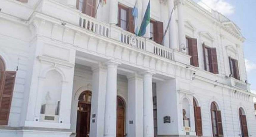 Azul; Se decretó la emergencia administrativa, económica y financiera