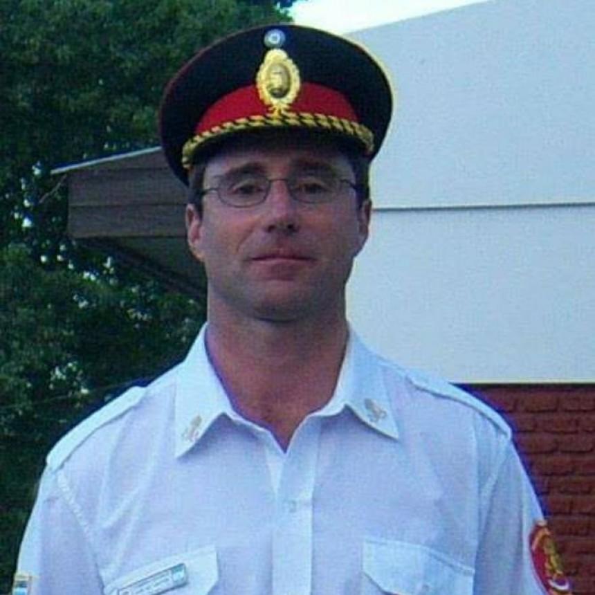 Eduardo Cabrera, 30 años  como Bombero Voluntario de Urdampilleta