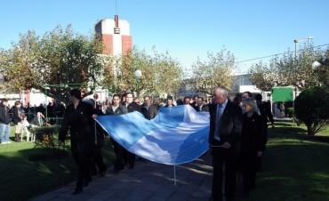 Con un gran marco de público y un clima de festejo, se desarrolló el acto central del 25 de mayo en Urdampilleta