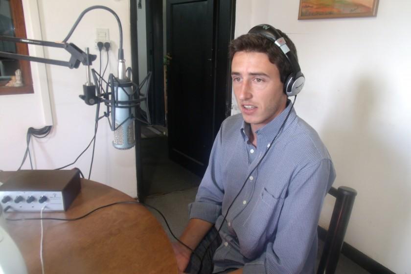 Matias Pacho: 'No pretendo ganar plata con el libro, sino que se difunda por Atlético y por el pueblo, para que Urdampilleta tenga un libro de alguien genuino de la comunidad'