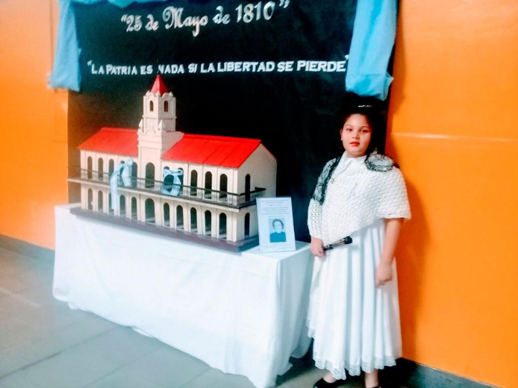 80 años de historia en un cabildo que se pudo ver en la Escuela N°54 España