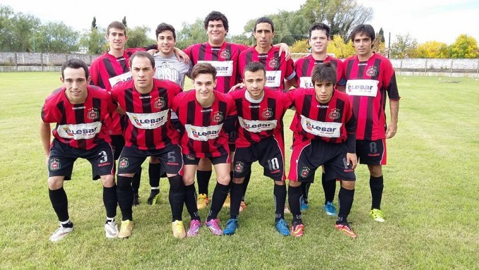 Tercera División: Atlético Urdampilleta cayó por la mínima