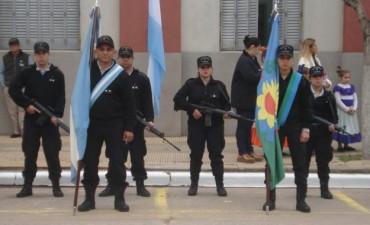 La Unidad Nº17 presente en el acto central del 25 de Mayo