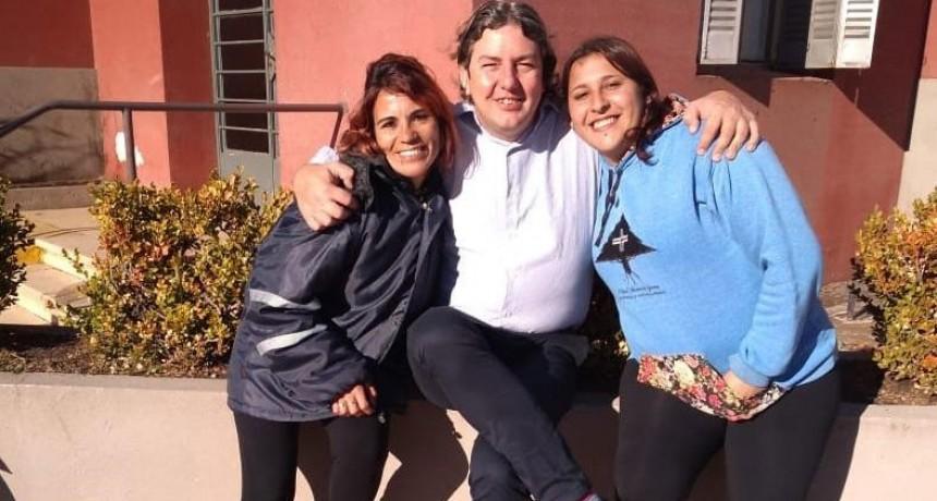 La delegación reconoció el trabajo de Julia y Ana Luz en el Día de la Barrendera