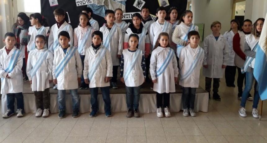 Alumnos de 4º año de la EP N.º 22 prometieron Lealtad a la Bandera