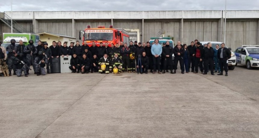 Se realizó un simulacro de evacuación de incendio en tiempo real en la U.P N.º 17