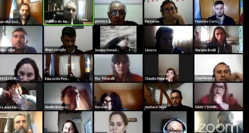 Alak abrió un ciclo de conferencias para abordar políticas de inclusión de las personas liberadas