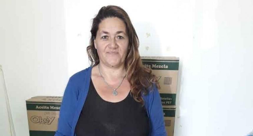 Andrea Montenegro anunció que se está realizando una nueva entrega de bolsones de mercadería