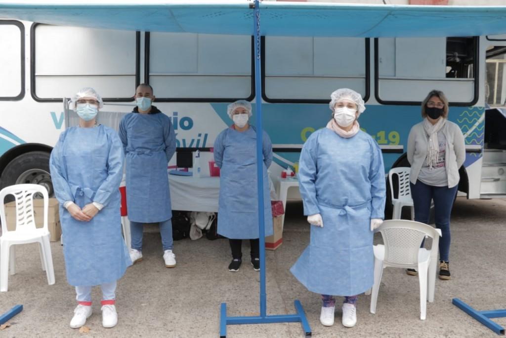 Arribó a Urdampilleta el Vacunatorio Móvil, y tuvo una exitosa jornada donde se vacunaron 22 adutos y 21 bomberos