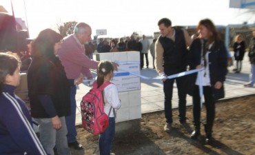 Se inauguró el Playón Deportivo de Urdampilleta