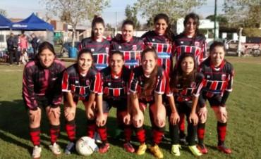 Amigas y defensoras: dos urdampilletenses que brillan en el fútbol femenino