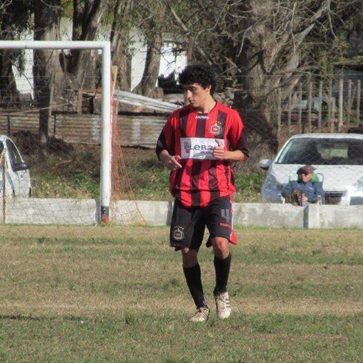 Un jugador grave lesionado en el partido de Atlético Urdampilleta ante Empleados de Comercio