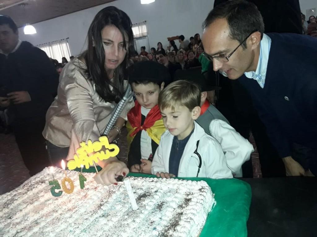 Urdampilleta celebró su 105 aniversario con un sencillo y emotivo acto