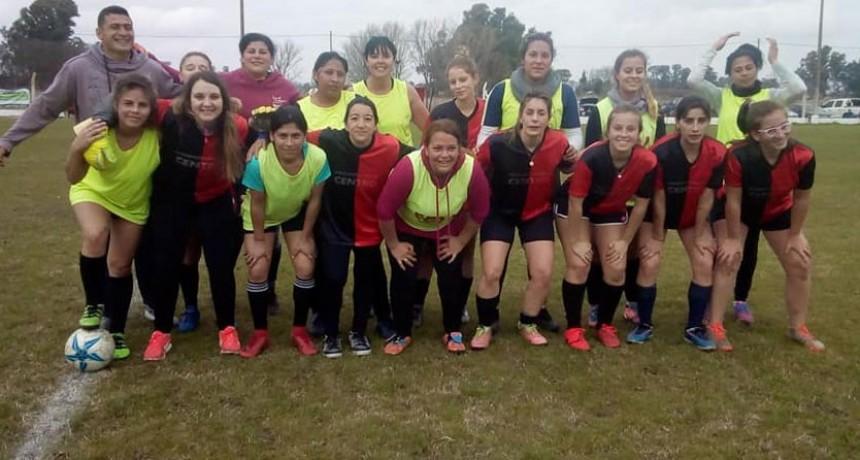 Jornada futbolera para en plantel femenino de Club Atlético