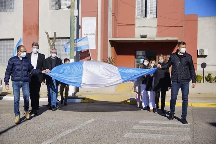 Las autoridades municipales celebraron los 108 años de Urdampilleta, en un acto cuidado y muy significativo