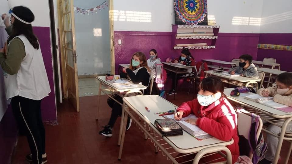 Escuelas y jardines comenzaron a oir a los niños este lunes